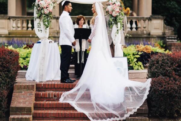 Ultra-Glam-Massachusetts-Wedding-Lynch-Park-The-Hons-14
