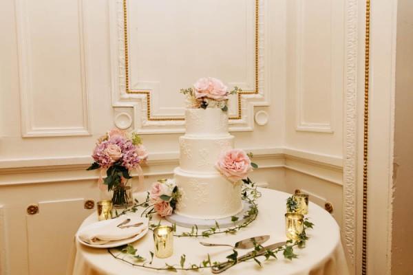 Ultra-Glam-Massachusetts-Wedding-Lynch-Park-The-Hons-29
