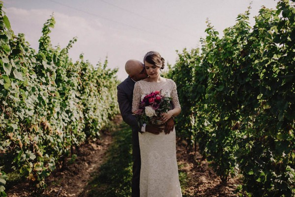 Winery-Wedding-Jewel-Tones-Cozy-Vibes-Stonewall-Estates-Christian-Garcia-Photography-15