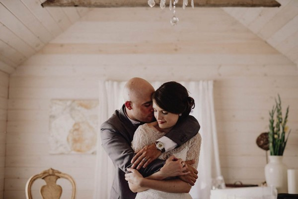 Winery-Wedding-Jewel-Tones-Cozy-Vibes-Stonewall-Estates-Christian-Garcia-Photography-20