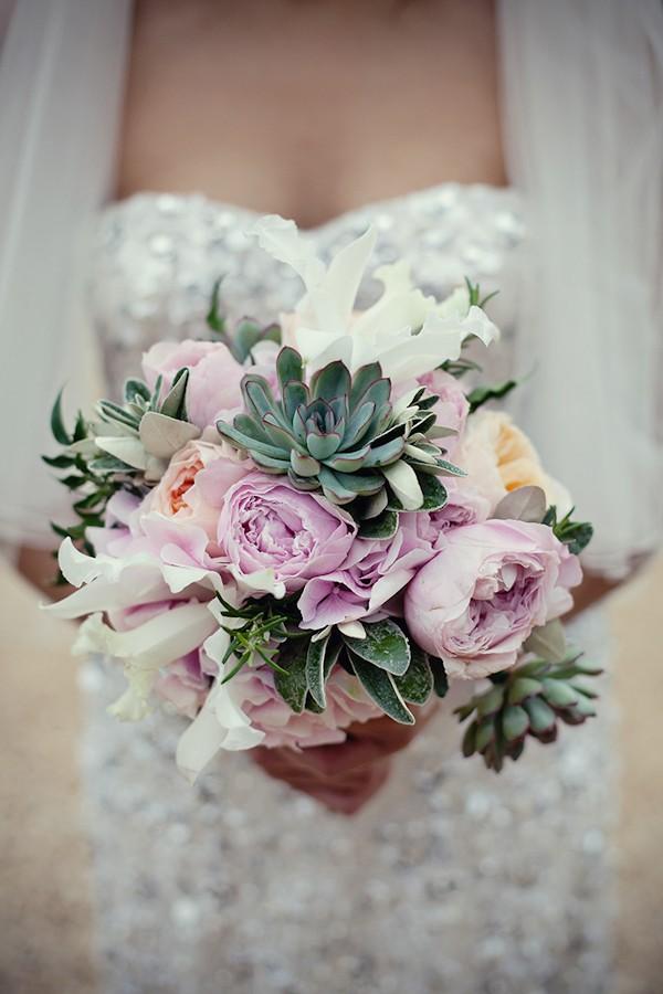 soft-romantic-wedding-photos-by-englands-top-wedding-photographer-marianne-taylor-photography-16