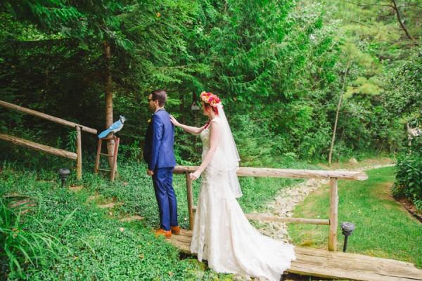 Boldly-Vibrant-Outdoor-Wedding-Ontario-2