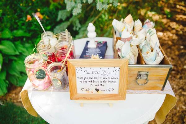 Boldly-Vibrant-Outdoor-Wedding-Ontario-32