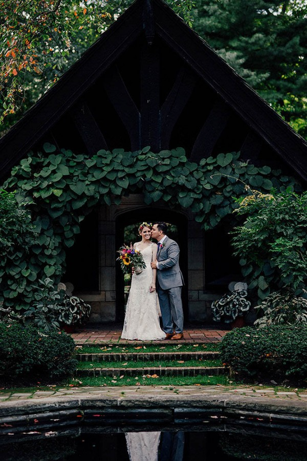 Charming-Ohio-Garden-Wedding-at-Stan-Hywet-Hall-addison-jones-photography-17