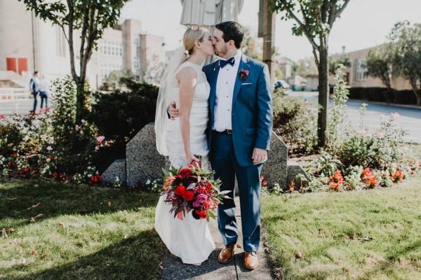 Modern-Romantic-Cleveland-Wedding-Redspace-19