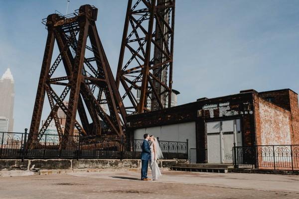 Modern-Romantic-Cleveland-Wedding-Redspace-22