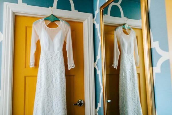 Pennsylvania-Couple-Made-Their-Front-Palmer-Wedding-Their-Own-16