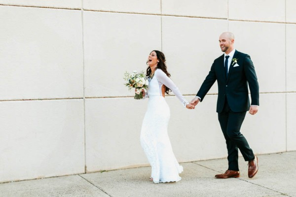 Pennsylvania-Couple-Made-Their-Front-Palmer-Wedding-Their-Own-24