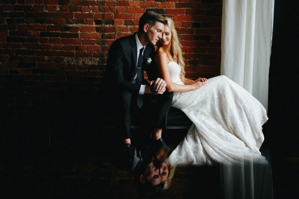 Romantic-Meets-Industrial-Columbus-Wedding-Dock-580-Derks-Werks-Photography-17
