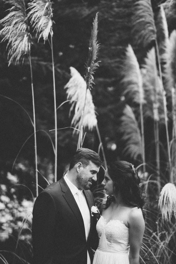 Sentimental-Cottage-Wedding-Monarch-Cove-Inn-Julie-Pepin-11