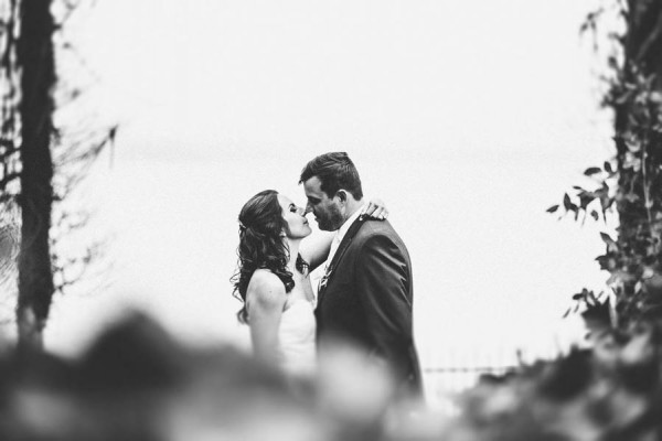 Sentimental-Cottage-Wedding-Monarch-Cove-Inn-Julie-Pepin-13