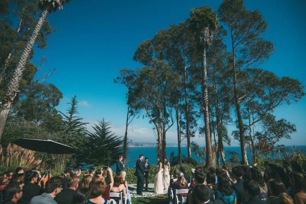 Sentimental-Cottage-Wedding-Monarch-Cove-Inn-Julie-Pepin-16