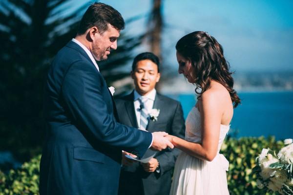 Sentimental-Cottage-Wedding-Monarch-Cove-Inn-Julie-Pepin-19