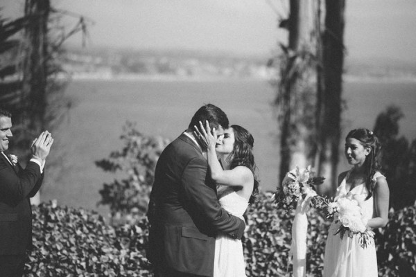 Sentimental-Cottage-Wedding-Monarch-Cove-Inn-Julie-Pepin-20