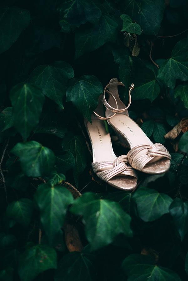 Sentimental-Cottage-Wedding-Monarch-Cove-Inn-Julie-Pepin-24