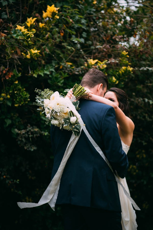 Sentimental-Cottage-Wedding-Monarch-Cove-Inn-Julie-Pepin-3