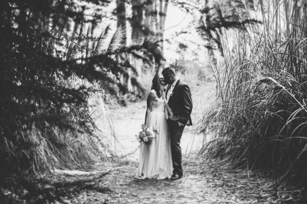 Sentimental-Cottage-Wedding-Monarch-Cove-Inn-Julie-Pepin-6