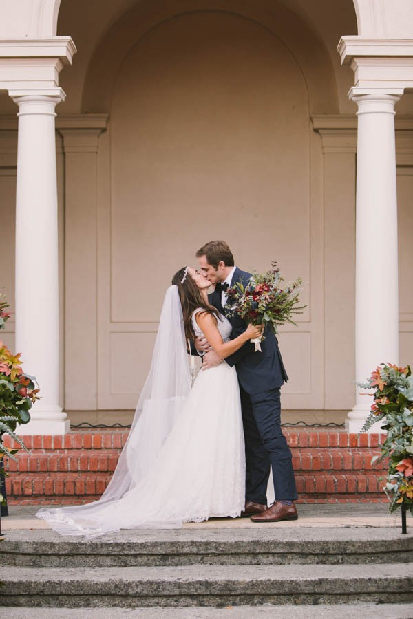 This California Bride Had Her Mother\'s Gown Altered Into a Crop Top ...