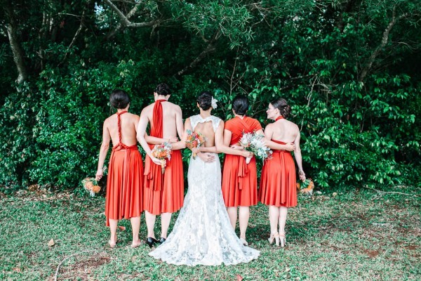 Chic-Hawaiian-Wedding-at-Sunset-Ranch-22-of-33-600x400