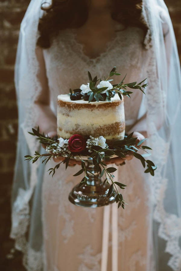 Dazzling-Bohemian-Bridal-Inspiration-Joyce-Young-Couture-Sue-Slique-Photography-10