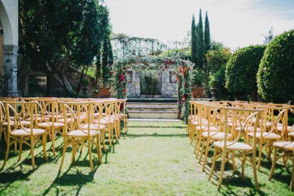 Festive-Fabulous-Mexican-Wedding-San-Miguel-de-Allende-Blest-Studios-18