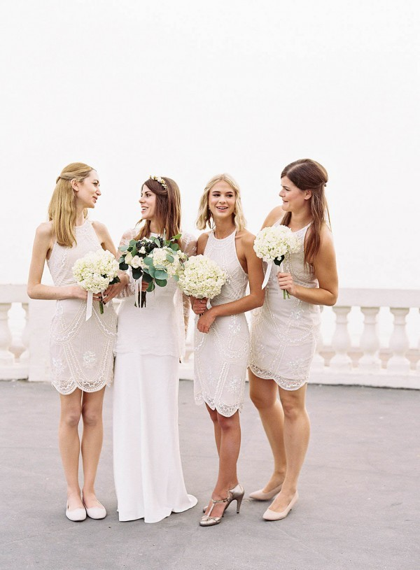 Gold-White-Wedding-De-La-Warr-Pavilion-Ann-Kathrin-Koch-28-of-28-600x815