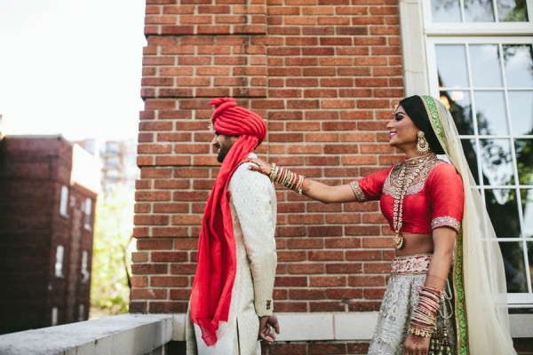 Modern-Minneapolis-Indian-Wedding-Calhoun-Beach-Club-11
