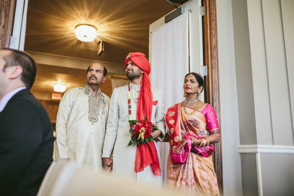 Modern-Minneapolis-Indian-Wedding-Calhoun-Beach-Club-19