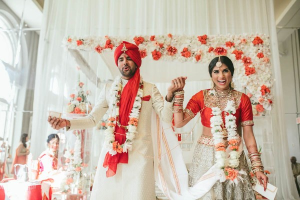 Modern-Minneapolis-Indian-Wedding-Calhoun-Beach-Club-27