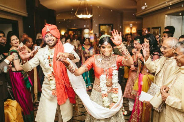 Modern-Minneapolis-Indian-Wedding-Calhoun-Beach-Club-28