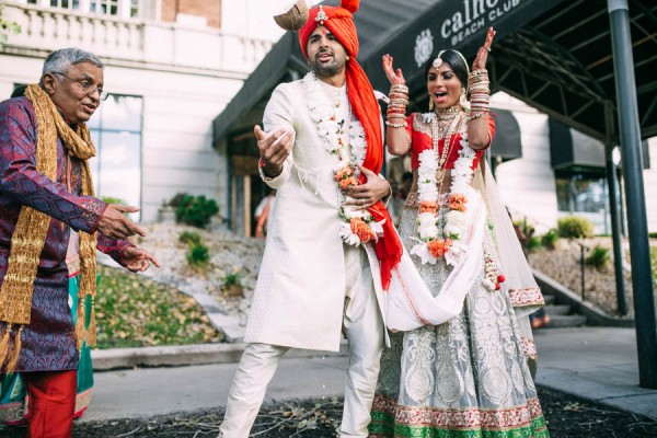 Modern-Minneapolis-Indian-Wedding-Calhoun-Beach-Club-29