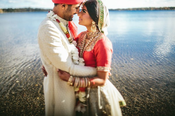 Modern-Minneapolis-Indian-Wedding-Calhoun-Beach-Club-34