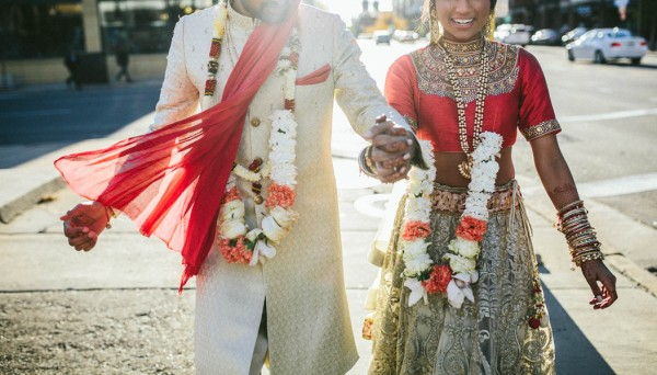 Modern-Minneapolis-Indian-Wedding-Calhoun-Beach-Club-39
