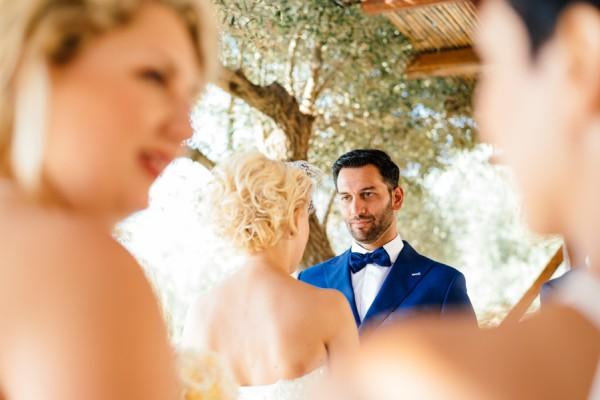 Stylish-Greek-Village-Wedding-at-Agreco-Farm-Elias-Kordelakos-10