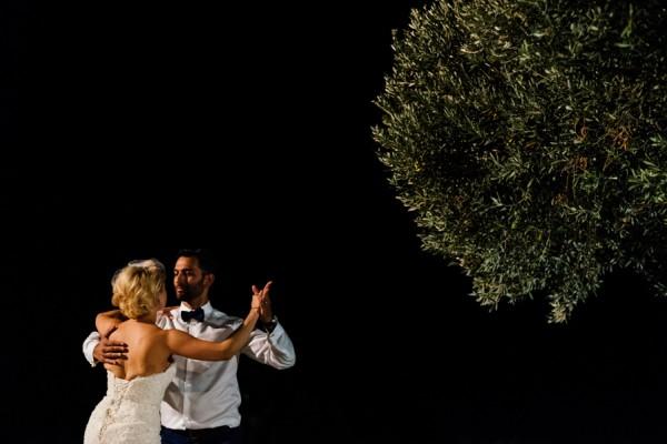 Stylish-Greek-Village-Wedding-at-Agreco-Farm-Elias-Kordelakos-24