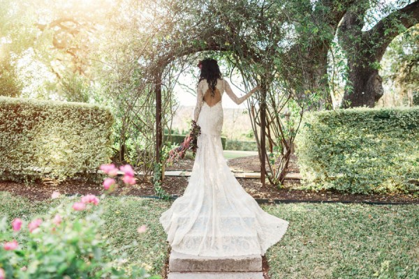 Texas-Bohemian-Wedding-Style-Laguna-Gloria-Holly-Kringer-Photography (19 of 30)