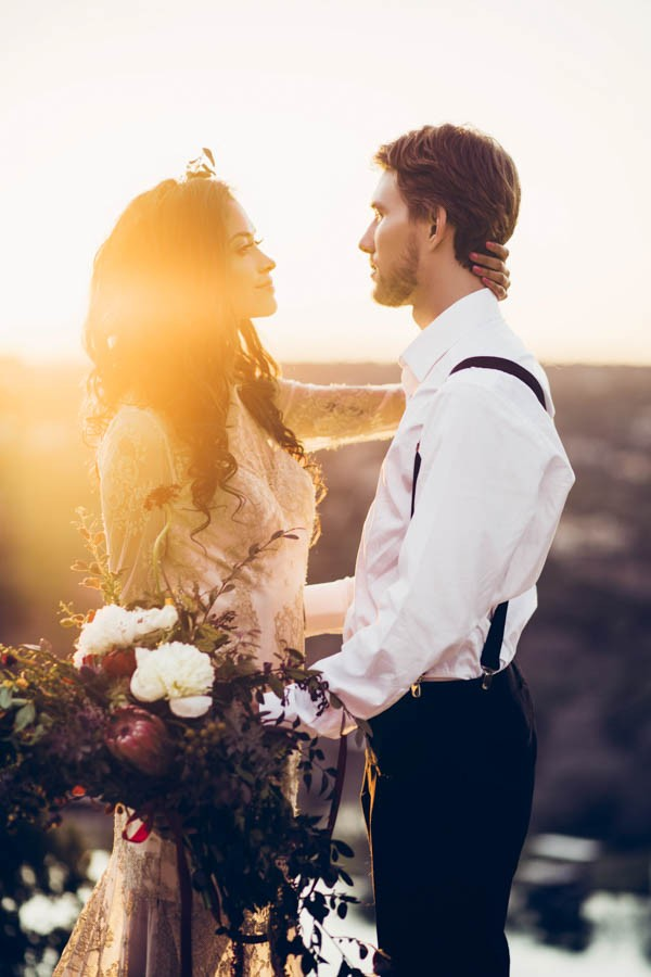 Texas-Bohemian-Wedding-Style-Laguna-Gloria-Holly-Kringer-Photography (29 of 30)