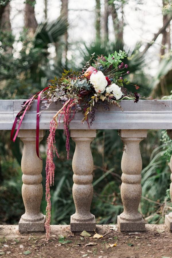 Texas-Bohemian-Wedding-Style-Laguna-Gloria-Holly-Kringer-Photography (4 of 30)