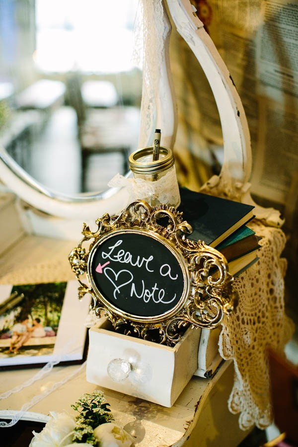 This-Downtown-Toronto-Wedding-Inspiration-Overload-Best-Way-Possible-52