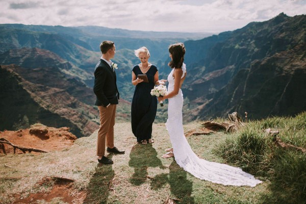 This-Jaw-Dropping-Waimea-Canyon-Wedding-Hawaii-Like-You've-Never-Seen-Before-2