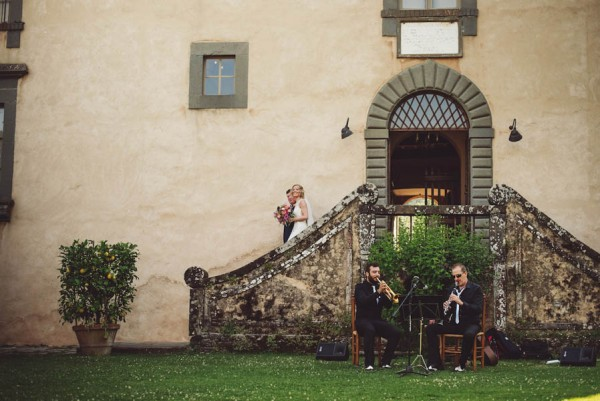 Traditional-Tuscan-Garden-Wedding-at-Villa-Catureglio-Moat-Hill-Photography-6