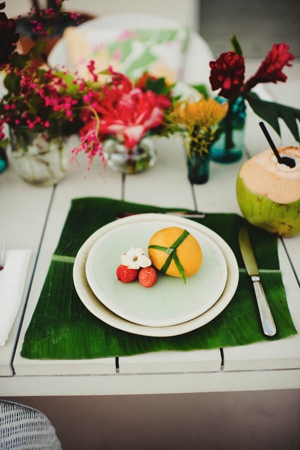 Tropical-Modern-Honolulu-Wedding-Inspiration-June-Photography-21-600x899