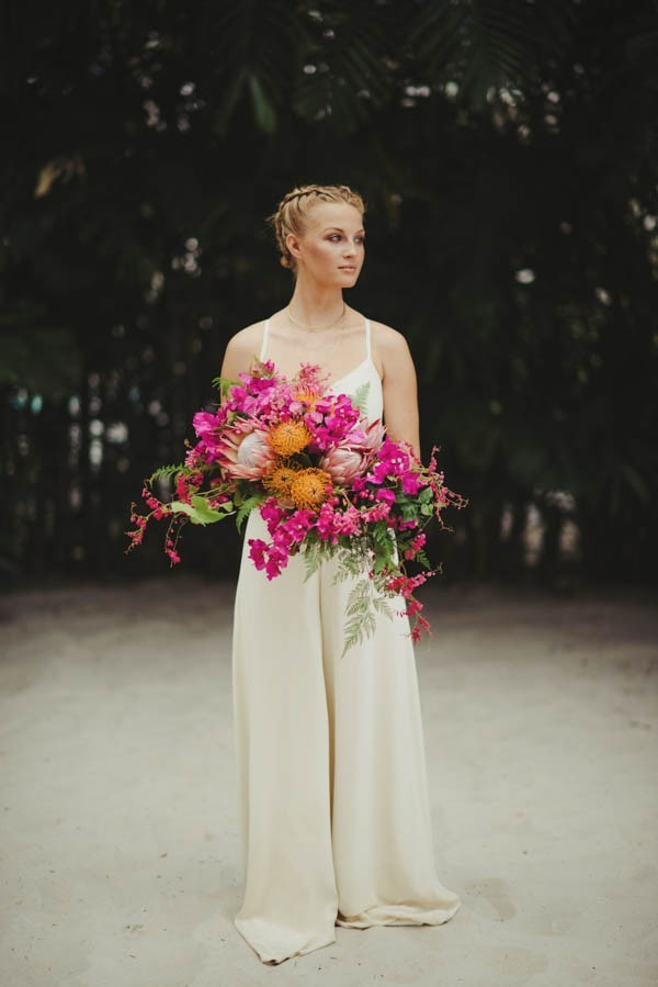 Tropical-Modern-Honolulu-Wedding-Inspiration-June-Photography-4-600x899