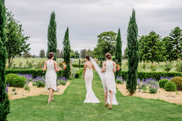 australian-garden-party-wedding-at-merribee-house-33