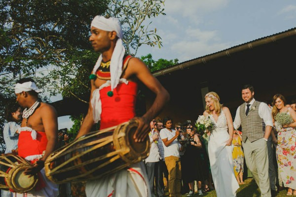 charming-tropical-sri-lanka-wedding-at-mirissa-hills-31