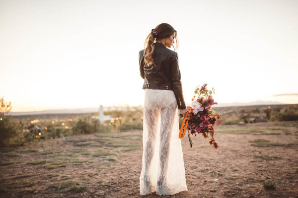 edgy-romantic-santa-fe-bridal-inspiration-21