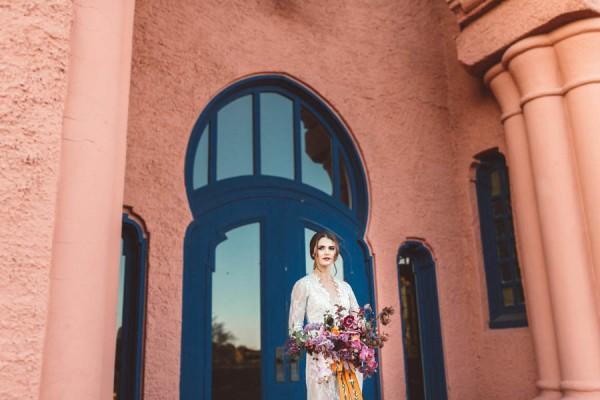 edgy-romantic-santa-fe-bridal-inspiration-5