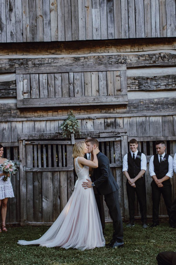 gorgeous-diy-tennessee-wedding-at-the-cool-springs-house-27