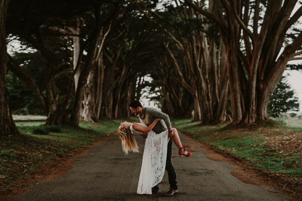 incredibly-stylish-point-reyes-engagement-session-15
