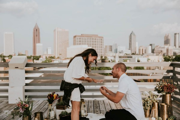 modern-rooftop-proposal-overlooking-the-atlanta-skyline-21